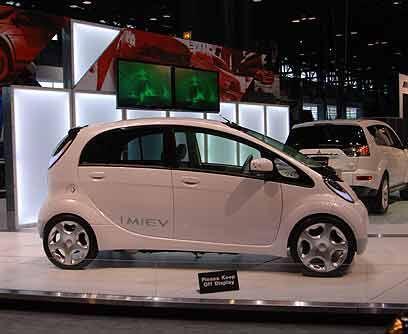 Mitsubishi iMievPor lo práctico y simpático que es su diseño el iMiev se...