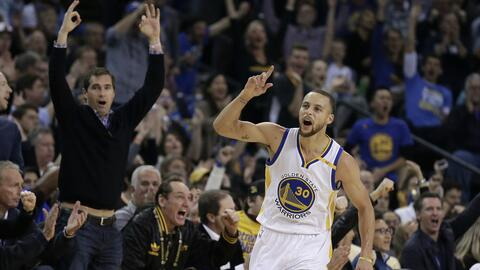 Stephen Curry y los Warriors dominaron a placer a los Cavaliers.