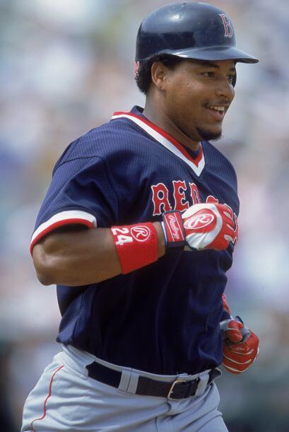 ¡Manny estaba convertido en una auténtica estrella! En abril de 2001 bat...