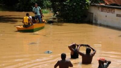 Rio de Janeiro se encuentra en alerta máxima tras las intensas lluvias q...