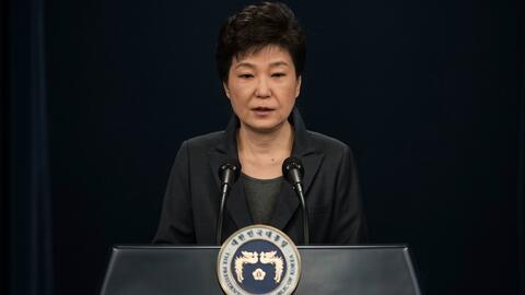 Park Geun-hye se marcha de la residencia presidencial de Corea del Sur t...