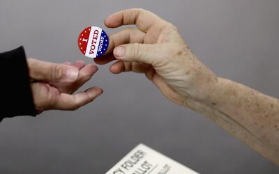 Población debe inscribirse y votar en las elecciones