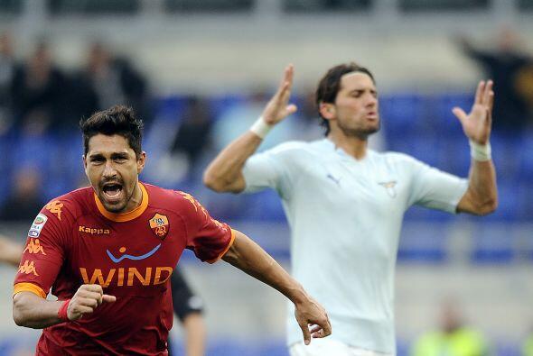 Se marcó penalti en favor de los visitantes y Marco Borriello fue...