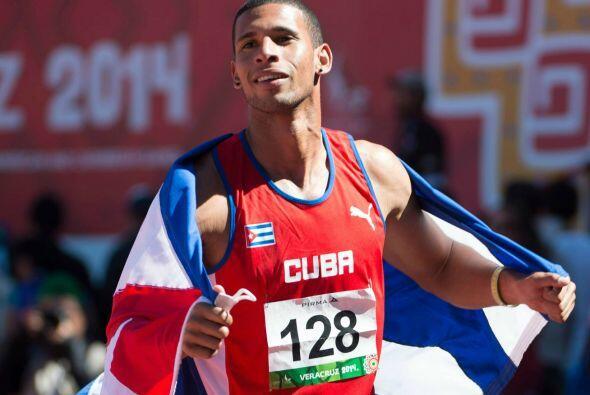 Dentro de la prueba del salto alto varonil, Cuba agregó otra presea áure...
