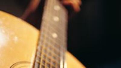 Tocando Guitarra