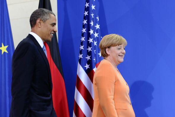 Sin embargo, el diario menciona que la popularidad del presidente de EEU...