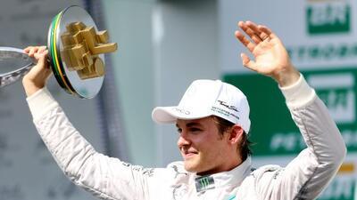 Rosberg calentó el final de la Fórmula 1 con su victoria en Brasil.