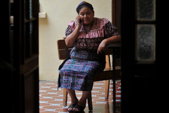 Otra activista que sabe lo que es ser perseguida es la guatemalteca Rigo...
