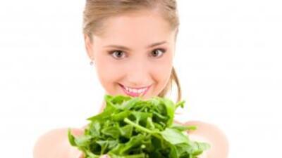 Al incluir espinacas en tu dieta incorporarás muchos nutrientes, fibras,...