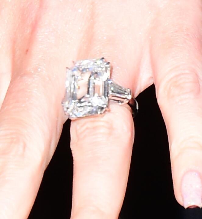 Mariah anillo