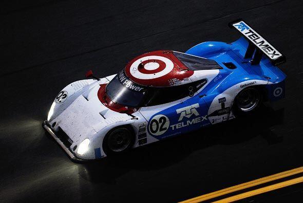 El Riley-BMW 02 también respondió a la exigencia de la carrera y nunca s...
