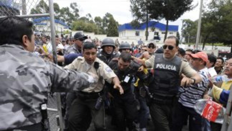 El gobierno de Ecuador ofreció recompensa por presuntos líderes de rebe...