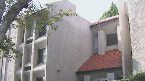 Asamblea de California aprueba medida que prohíbe a los caseros amenazar...