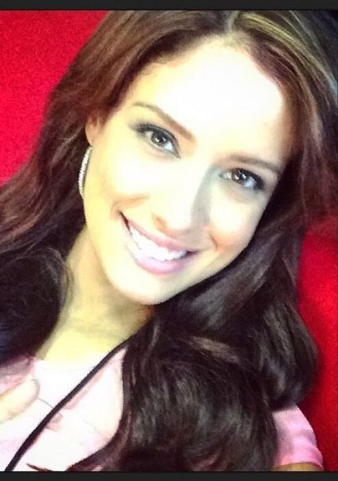 Con un rostro angelical y una sonrisa que enamora, así se dispone a desc...