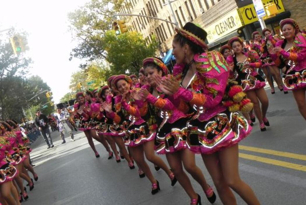 Primer desfile Boliviano de Nueva York 26e0ffaaf8fb4220be74d37a40e4f4aa.jpg