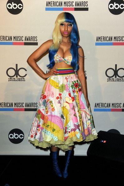 Nicki Minaj es otra mujer que sabe el poder que tienen sus curvas; misma...
