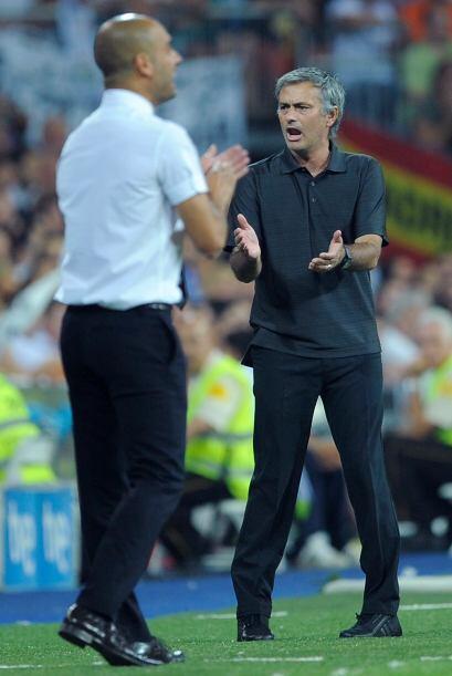 Contrastes del fútbol, Guardiola felicitaba a sus dirigidos y Mou...