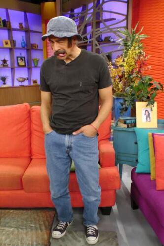 Johnny Lozada es Don Ramón.
