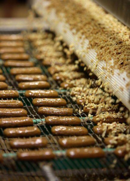 Empleos que impliquen utilizar máquinas de panadería motorizadas.