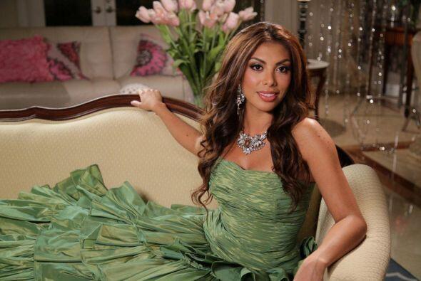 Carolina Verdura espera que su paso por Nuestra Belleza Latina le traiga...