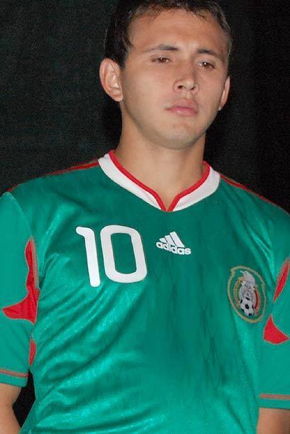Omar Arellano eligió usar el númeo 10 en la nueva piel mexican rumbo a S...