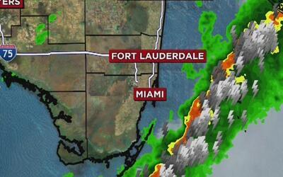 Lluvias, vientos y alertas de tornados este lunes en Miami