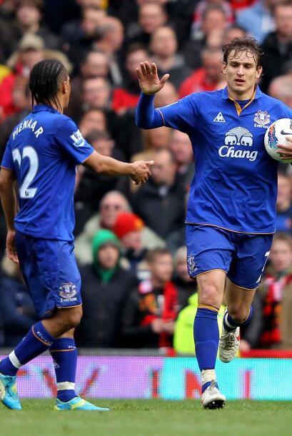 Este segundo tanto de Jelavic daba vida al Everton, que daría más de qué...