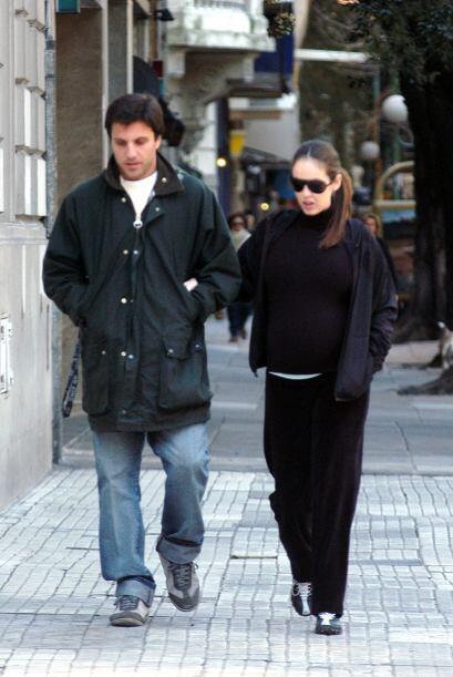Con Juan, un empresario argentino, Gaby tuvo a su primer y único...