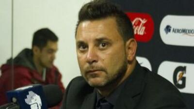 Antonio Mohamed habla de todo con Luis Omar Tapia.