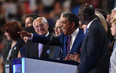 "Adriano Espaillat: ""Seré el primer congresista en los EEUU que fue un in..."