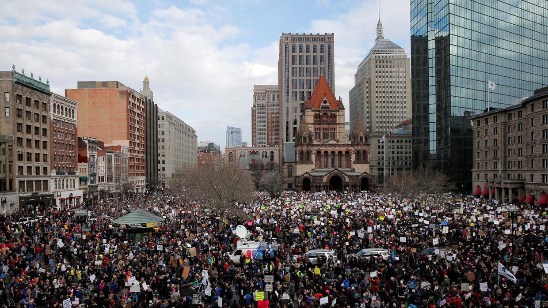 Protestas en las grandes ciudades de EEUU contra el veto a musulmanes po...