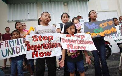 Un grupo de niños ciudadanos estadounidenses piden al gobierno de Obama...