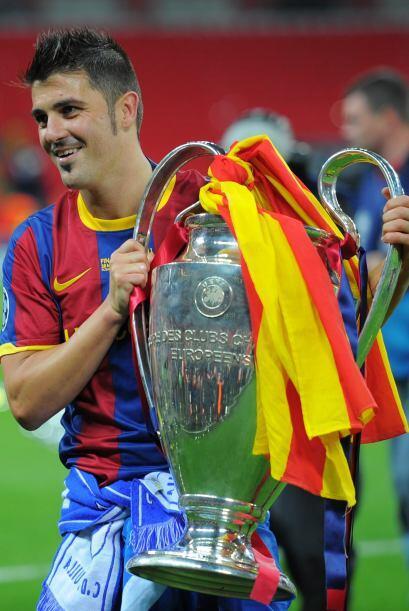 Por el lado español está David Villa. El 'guaje', delantero y goleador d...
