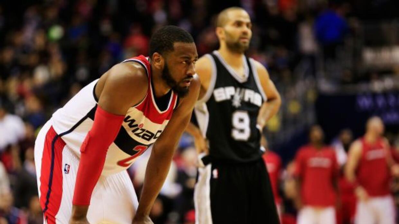 A pesar del esfuerzo de sus jugadores, los Spurs fueron superados por lo...