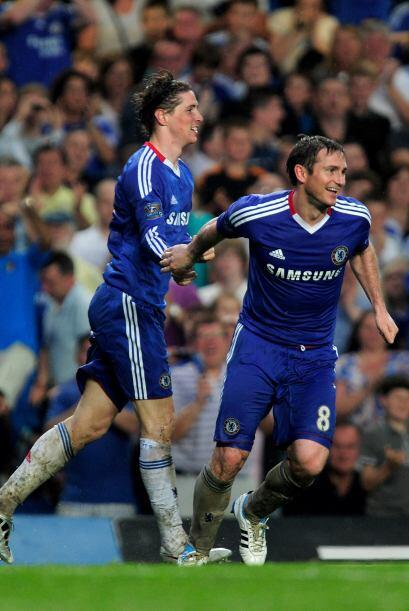 Frank Lampard pegó el primer grito al final de la primera etapa con un e...