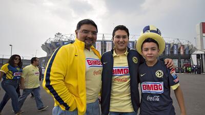 América es campeón del Clausura 2015... pero en las gradas 20150516_4683...
