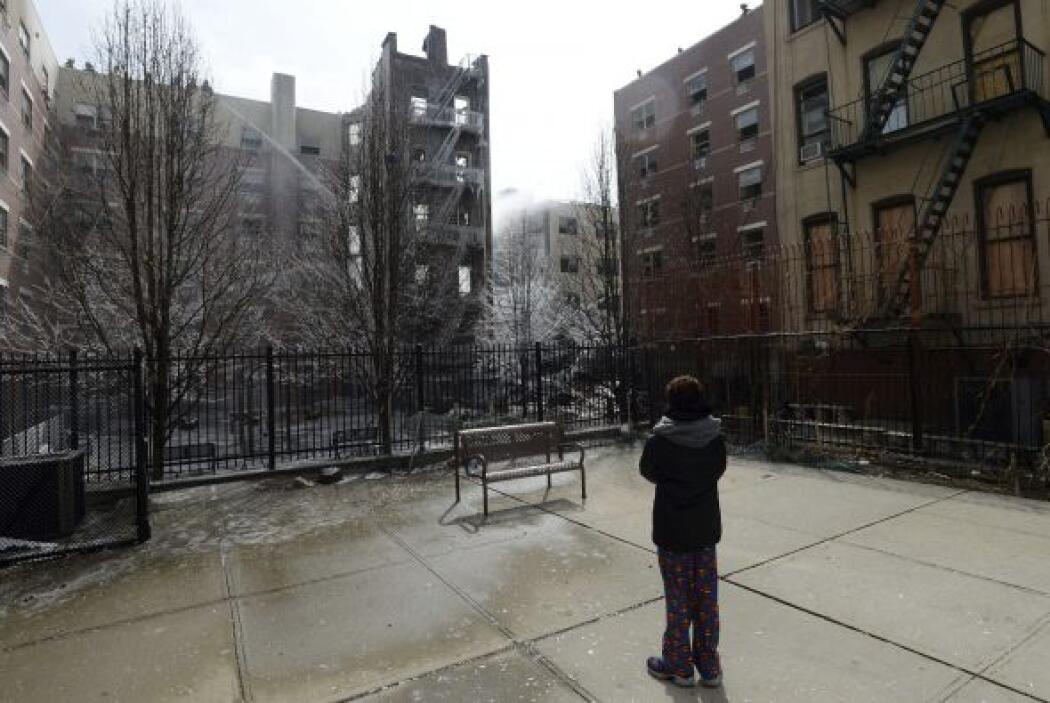 El edificio de cinco pisos en donde comenzó el incendio se encuentra en...