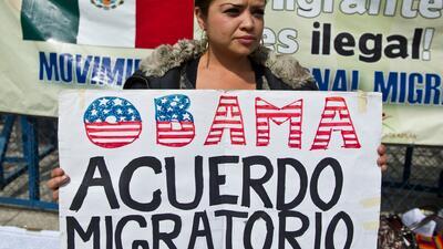 Activistas pro-inmigrantes piden hechos al Presidente Barack Obama