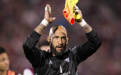 Tim Howard, feliz tras su debut con Colorado Rapids.