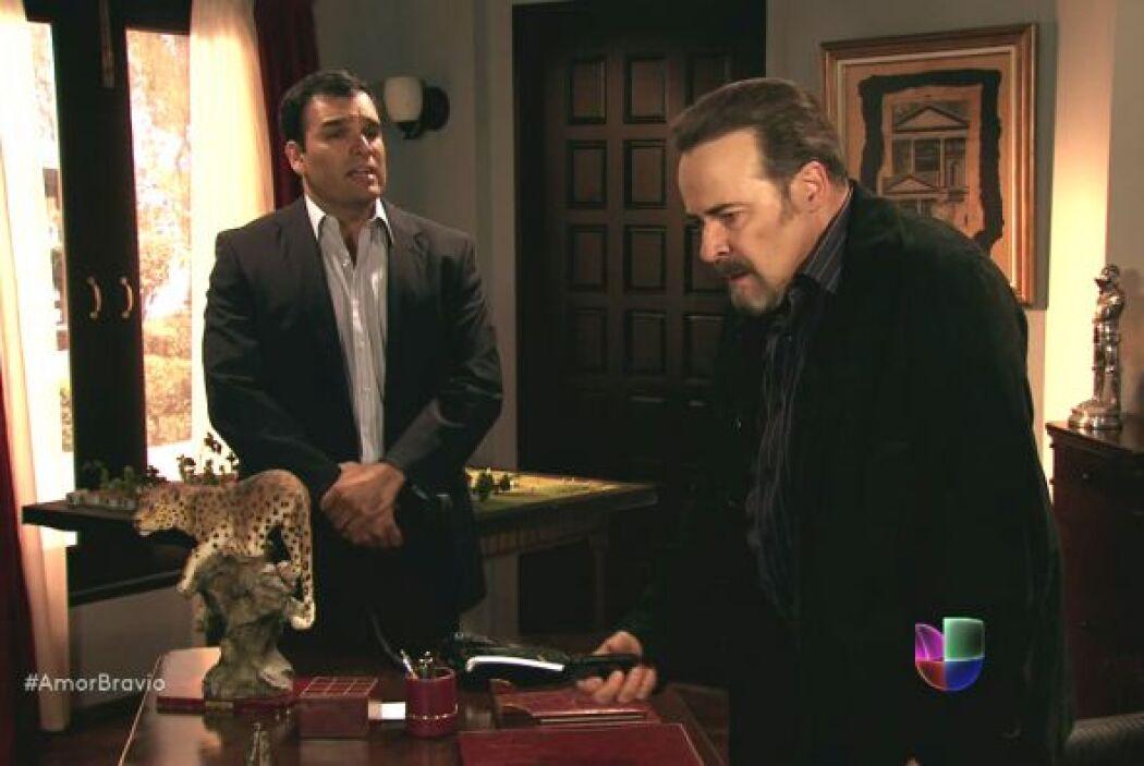 Agustina informó a Dionisio sobre la boda de Daniel y Camila, él se most...