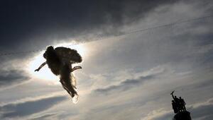 La NASA capta imágenes de supuestos ángeles alrededor del sol