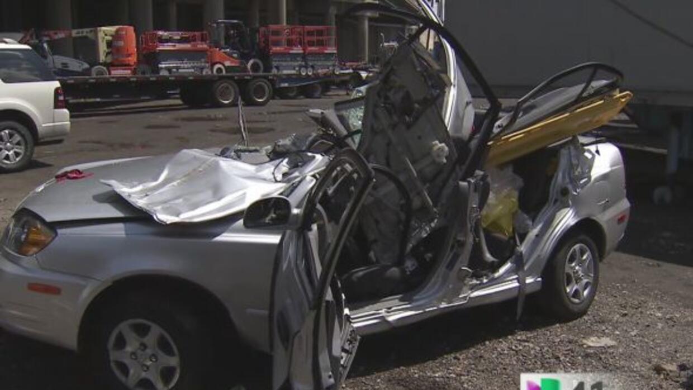 Mueren dos personas en aparatoso accidente por alta velocidad