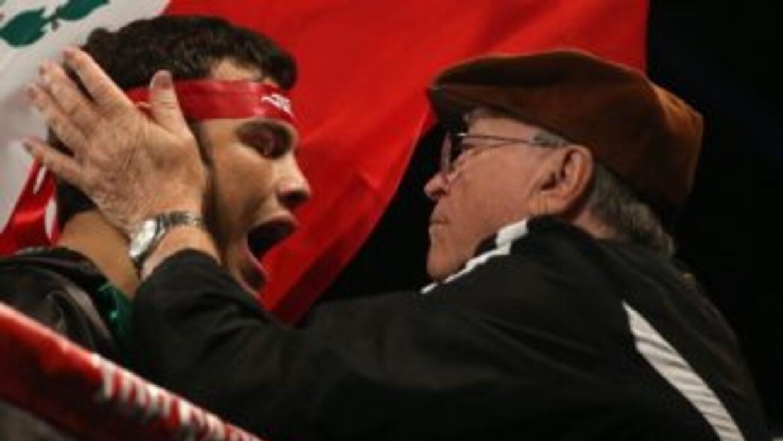 Chávez Jr. no peleará con Golovkin en julio.