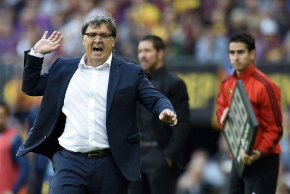 También protesto Martino, pero el árbitro no picó.