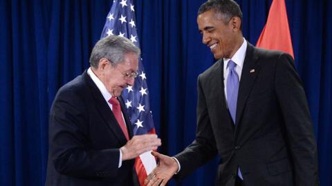 El presidente Barack Obama se reunió con el gobernante Raúl Castro