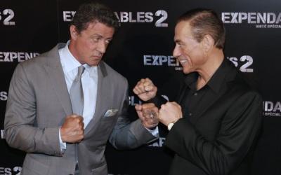 'Rambo' vs 'Kickboxer', ¡elige un baño!
