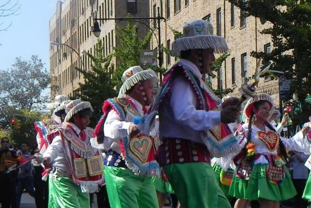 Primer desfile Boliviano de Nueva York 9b24a79819684a2192df24b89a68b49c.jpg
