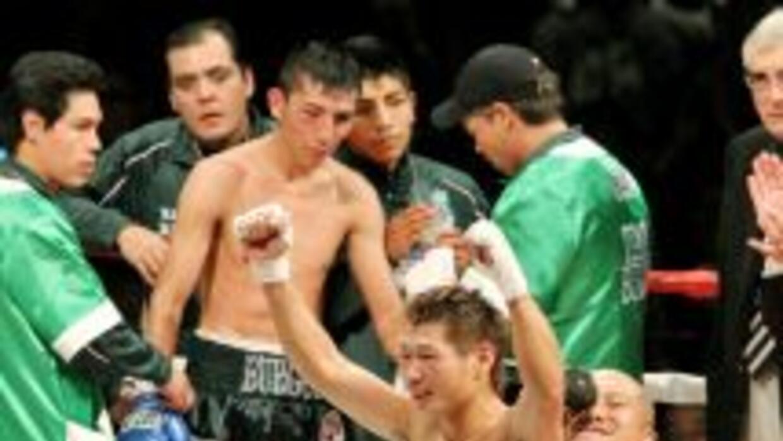 Hasegawa le ganó por decisión unánime a Juan Carlos Burgos.