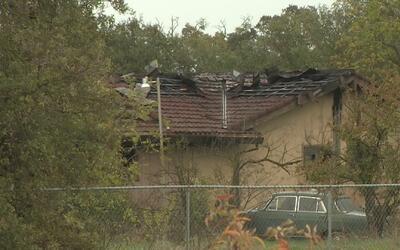 Más de 30 bomberos controlaron un incendio en Sacramento