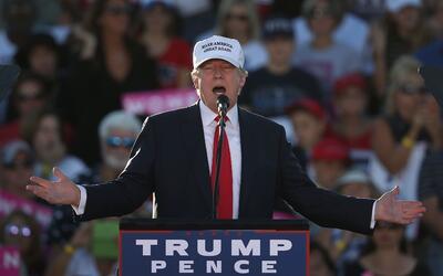 El republicano Donald Trump durante un evento de campaña en Florida esta...